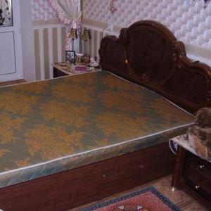 Продам спальный гарнитур - из 5 предметов