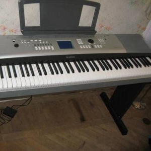 Продам новый синтезатор YAMAHA DGX-520.